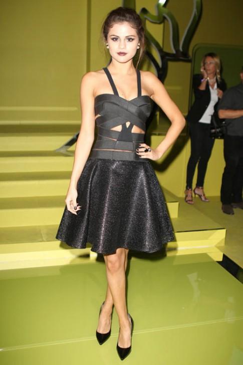 Sao phong cách dự Tuần lễ thời trang Milan