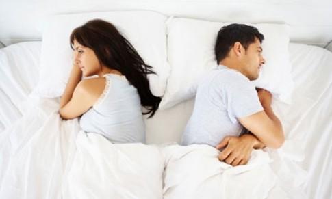 Sững sờ khi biết vợ sống hai mặt