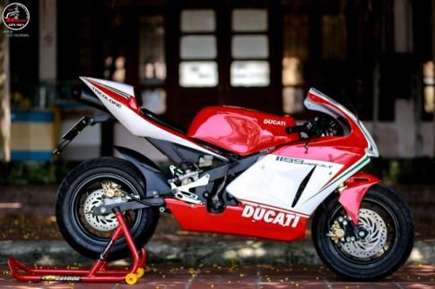 """Suzuki GSX-R50 """"lột xác"""" thành siêu môtô Ducati 1199 Panigale"""