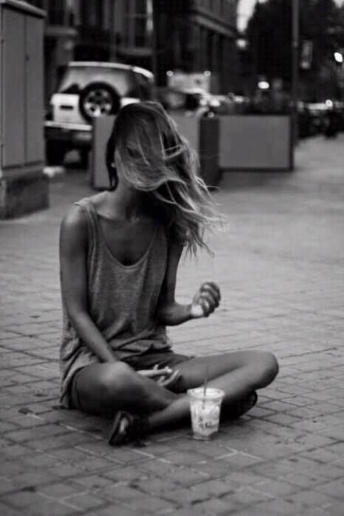 Tại sao ta mất nhiều thời gian đến vậy, mà vẫn chưa thể đến được với nhau...?
