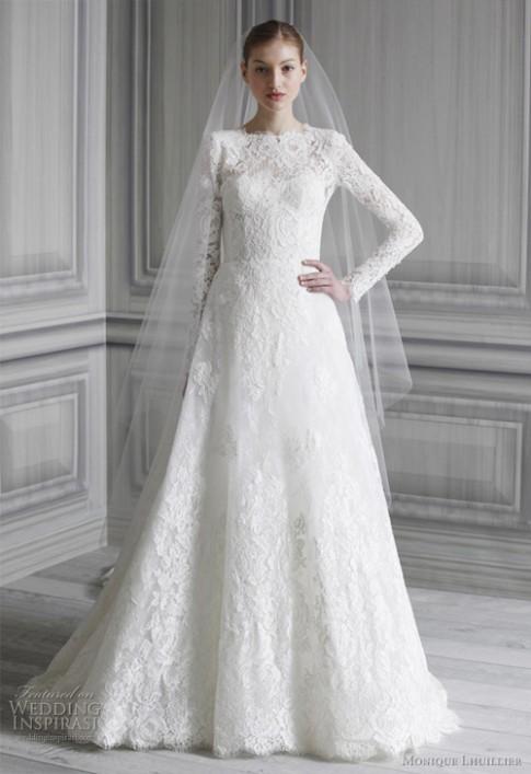 Tăng Thanh Hà diện váy cưới hơn 200 triệu đồng