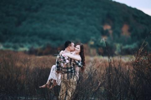 Thich mê bộ ảnh cưới cực độc với bãi cát lạ sau cơn bão của cặp đôi Nghệ An
