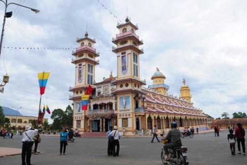 Thưởng ngoạn kiến trúc tòa thánh Tây Ninh