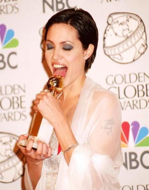 Tình yêu Angelina Jolie và Brad Pitt: Còn hơn cả một câu chuyện ngôn tình