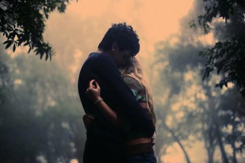 Tôi sợ yêu người đã chịu quá nhiều tổn thương...