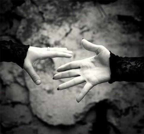 Trong cuộc đời này, mấy ai có đủ cả duyên lẫn nợ với cùng một người?