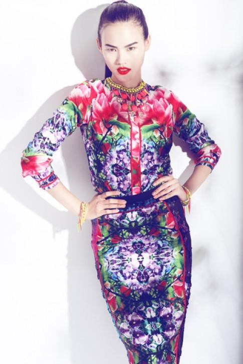Tuyết Lan cá tính cùng váy áo hoa