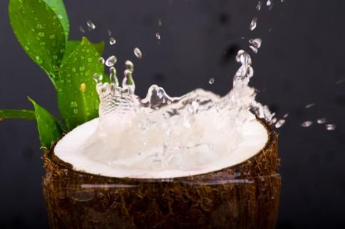 Uống 3 trái dừa/ngày nguy hiểm đến tính mạng