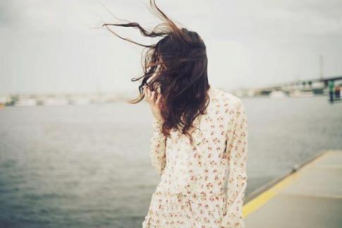 Vi yêu là muốn nhìn người mình yêu hạnh phúc, dù trong tim đau đớn biết nhường nào...