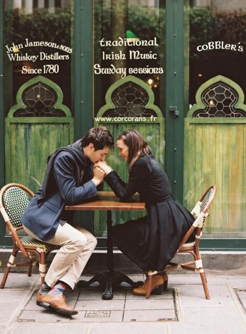 Xa nhau không có nghĩa là ngừng yêu...