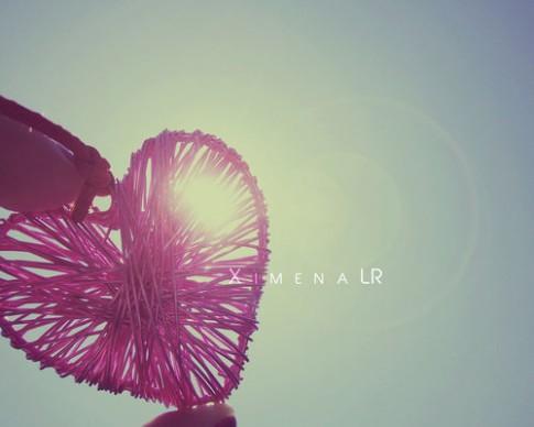 Yêu một ai đó, là thấy nắng ấm ở trong lòng...
