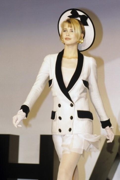 10 bộ váy cưới độc đáo của Chanel