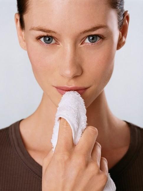 10 lưu ý để có cặp môi hoàn hảo