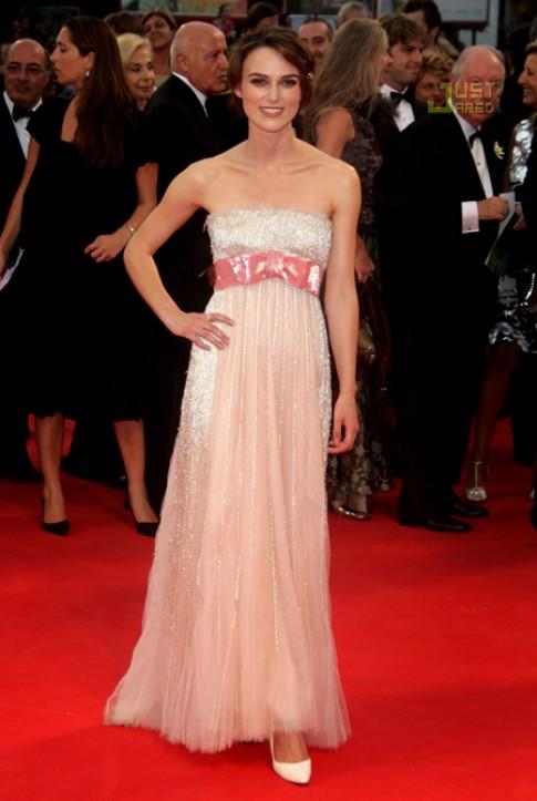11 bộ váy đẹp nhất các liên hoan phim Venice
