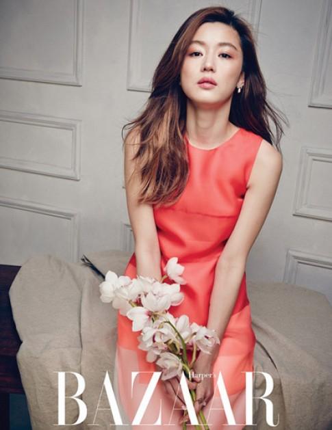 6 mỹ nhân gốc Hoa đụng đồ hàng hiệu với Jeon Ji Hyun