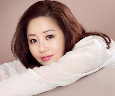 Á hậu Hàn Quốc chia sẻ bí quyết giữ da sáng