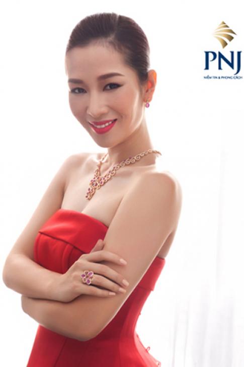 Á hậu quý bà Thu Hương: 'Mỗi món trang sức là một bí quyết'