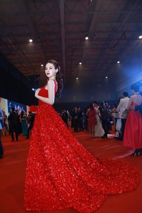 Angela Phương Trinh mặc đẹp nhất tuần