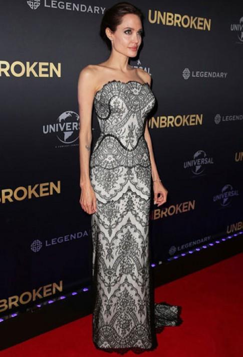 Angelina Jolie, Jennifer Lawrence mặc đẹp nhất tuần