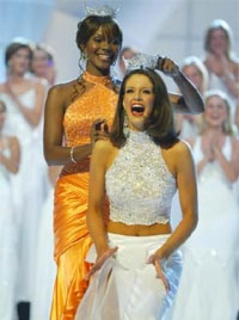 Ban tổ chức Miss America 'cầu cứu' các hoa hậu