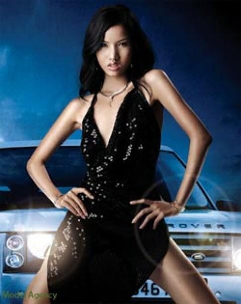 BB Minh Thuy khong bo qua co hoi nao