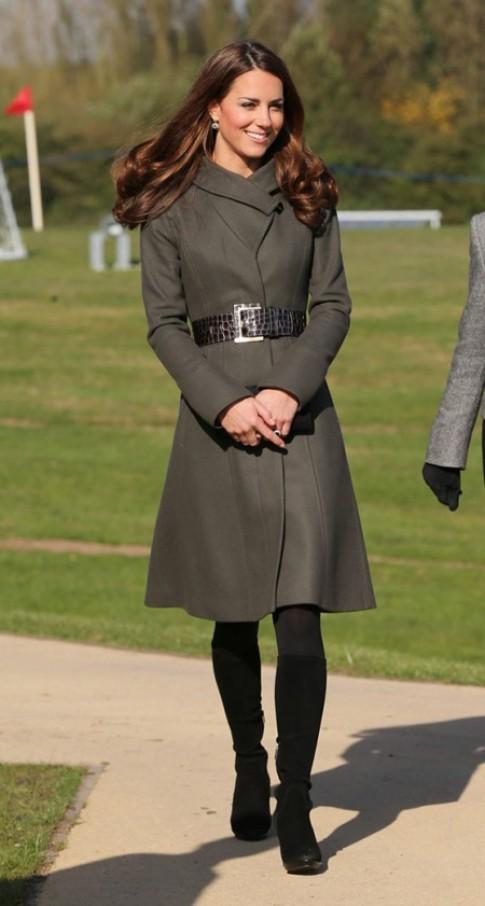 Bí quyết mặc đẹp của công nương Kate Middleton