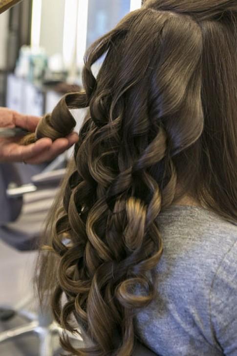 Biến tấu 3 kiểu tóc khác nhau trong ngày cưới