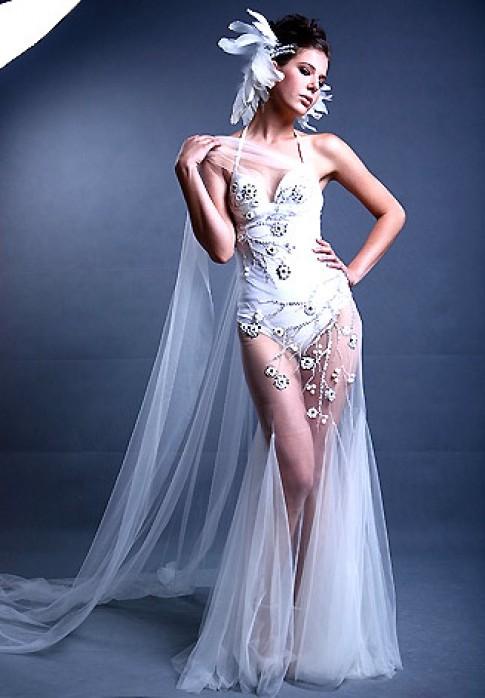 Bộ sưu tập áo cưới 'Mùa xuân trắng'