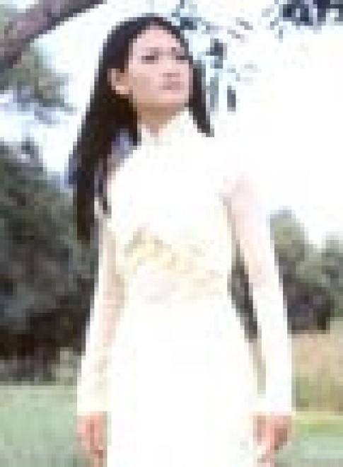 """Bộ sưu tập áo dài """"Vũ khúc hoa"""" của Châm Khanh"""