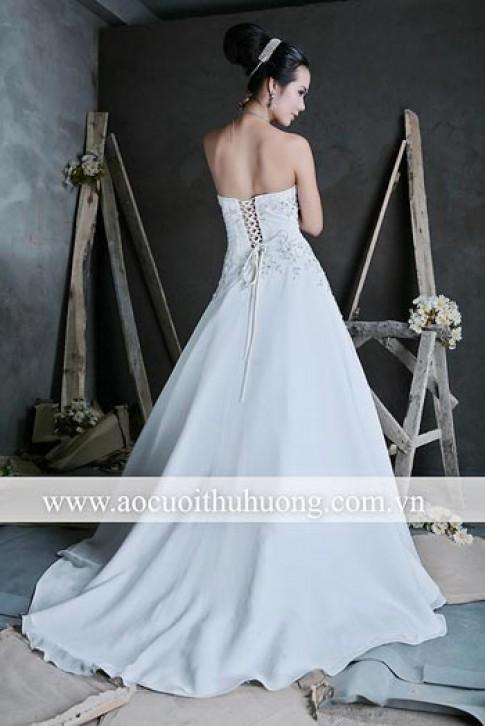 Bộ sưu tập váy cưới Thu Hương