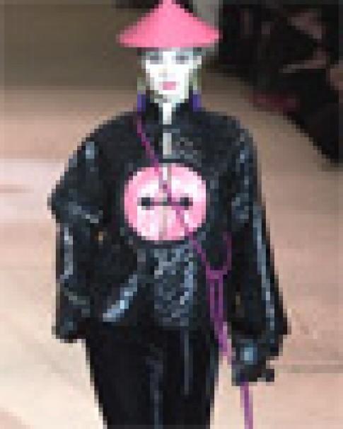 Các mẫu thiết kế cuối cùng của Yves Saint Laurent