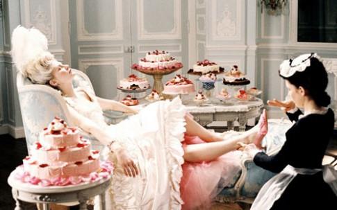 Cách giữ dáng của Hoàng hậu Pháp