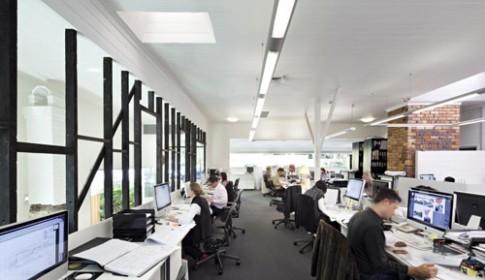Cách khắc phục 7 hiểm họa văn phòng đối với nhan sắc