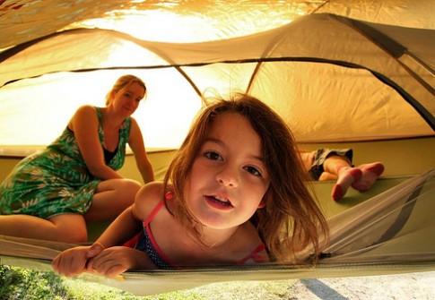 Cắm trại với lều trên không