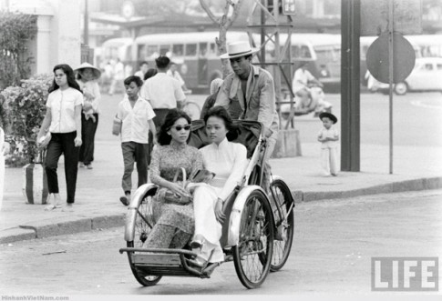 """""""Có lẽ chúng tôi là những người đạp xích lô cuối cùng còn sót lại ở Sài Gòn"""""""