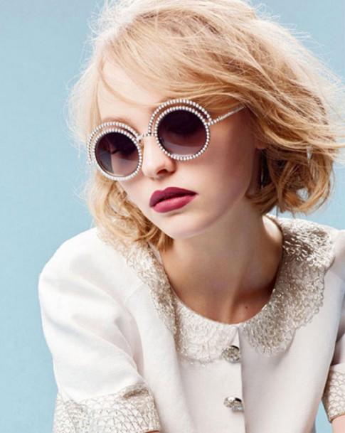 Con gái Johnny Depp trở thành gương mặt mới của Chanel