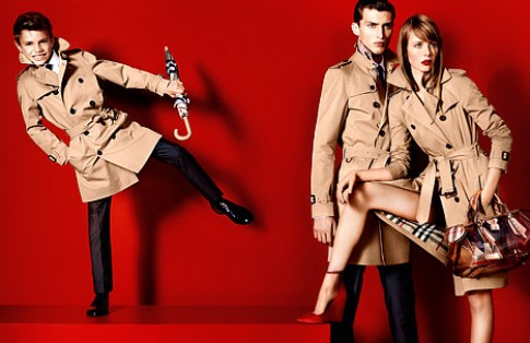 Con trai Victoria Beckham làm người mẫu