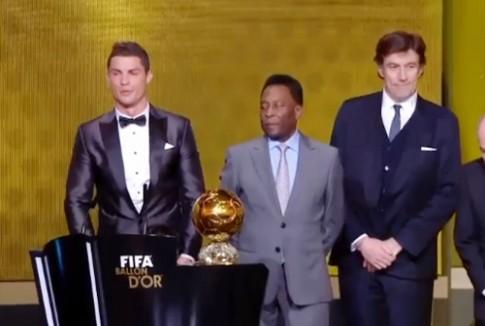 Cristiano Ronaldo dành chiến thắng Quả Bóng Vàng Fifa 2013.