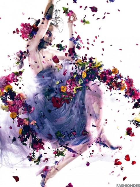 Cuộc gặp gỡ giữa hoa và thời trang