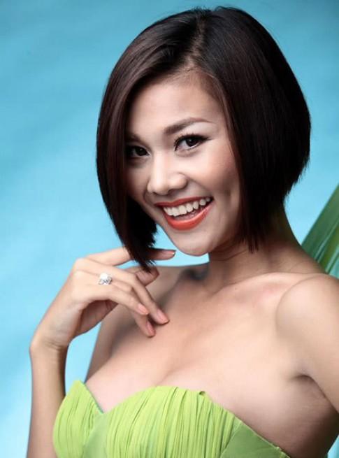 Đa dạng kiểu tóc như siêu mẫu Thanh Hằng