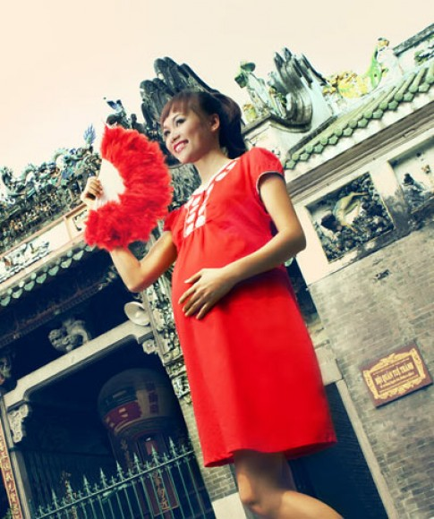 Đầm bầu Anna Nina giới thiệu bộ sưu tập 'Chúc Xuân'