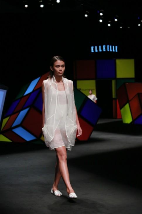 Dàn mẫu sải bước tự tin tại Elle Fashion Show