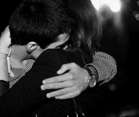 Dẫu mai sau cuộc đời ta chẳng chung đôi, em vẫn mãi thương anh...