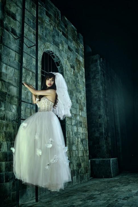 Diệp Lâm Anh làm cô dâu chạy trốn