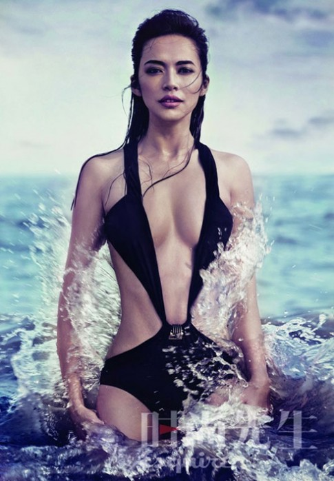 Diêu Thần bị chê thiếu gợi cảm với bikini