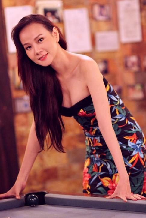Dương Yến Ngọc điệu với váy quây