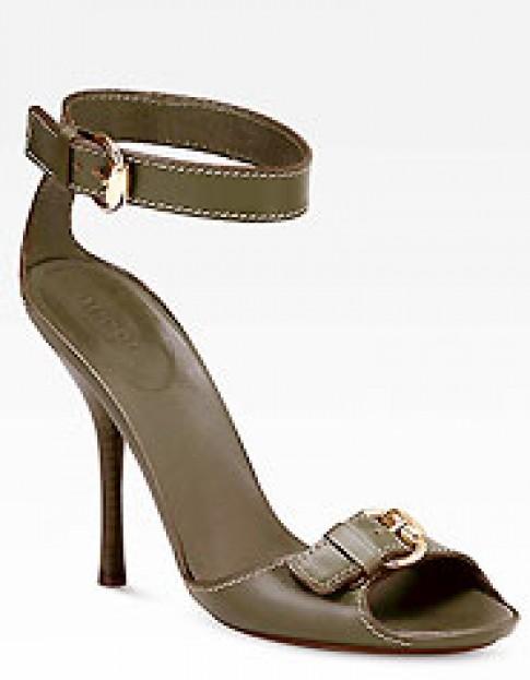 Duyen dang sandal Gucci
