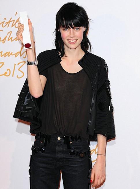 Edie Campbell là người mẫu Anh của năm