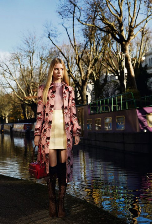 Em gái Kate Moss ấn tượng trong bộ hình thời trang đầu tiên