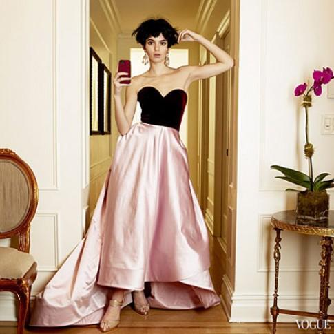 Em gái Kim Kardashian lần đầu xuất hiện trên Vogue